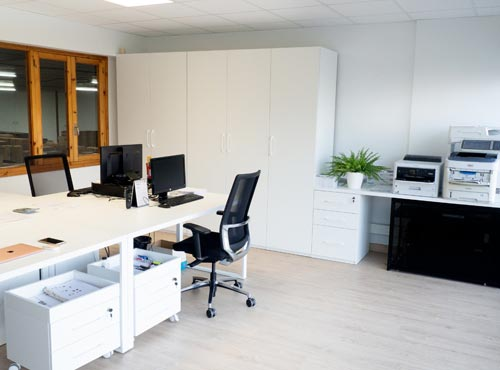 LECCO renews its offices